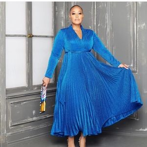 Beautiful Sapphire Dress !!NWT!!